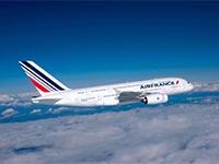 Júliustól egyedi koktél kínálattal várja utasait az Air France légitársaság La Premiére osztálya.