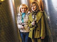 Bor és tűsarok: nők a borászatban