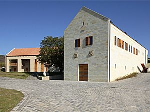 Központi épület